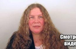 Парикмахер нагло «обрезал» длинные волосы этой женщины и все наконец заметили, как она прекрасна! Видео