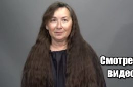 63-летняя женщина остригла длинные волосы впервые с 1 класса и была ошеломлена! ВИДЕО