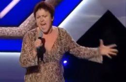 Жюри приготовилось смеяться над этой тёткой из села, но она порвала зал. Видео